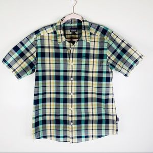 Patagonia Short Sleeve Plaid Button Down Medium
